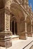 Detail of gallery in Jeronimos monastery, Belem. Lisbon — Stock Photo