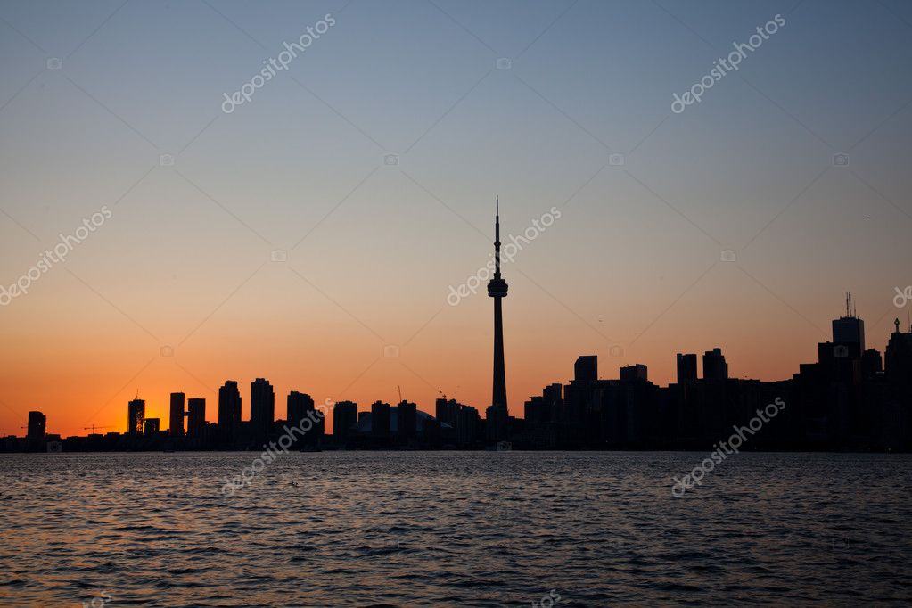 Dramatic sunset, Toronto, Canada — Stock Photo #11722177