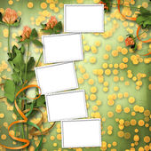 Grunge paper for congratulation with bunch of clover — Stock Photo