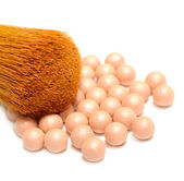 Face Powder Pearls (Ball-Powder) and Make-up Brush — Stock Photo