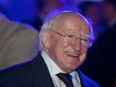 President Michael D Higgins visiting Arrival Party at Global Vil — Stock Photo