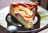 Peach cheesecake — Stock Photo