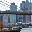 Brooklyn Bridge New York and East River — Stock Photo