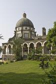 Monte das bem-aventuranças igreja, mar da galiléia, israel — Foto Stock