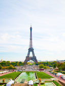 Paris, the beautiful Eiffel Tower. — Stock Photo