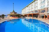 Basen w hotelu, turcja — Zdjęcie stockowe