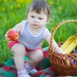 Little girl on picnic — Stock Photo