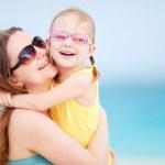 Family on summer beach vacation — Stock Photo #11277019