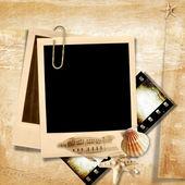 Retro photo frame with seashells — Stock Photo
