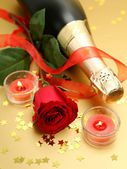 Champagne and rose — Stockfoto