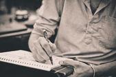 Manliga artist ritning — Stockfoto