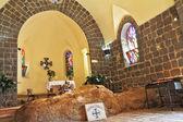 La iglesia del primado - tabgha. el interior de la iglesia — Foto de Stock