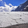 Huge majestic glacier — Stock Photo