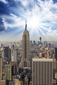 Manhattan Skyline with Empire State and Tall Skyscrapers — Stock Photo