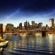 Brooklyn Bridge and Manhattan Skyline At Night, New York City — Stock Photo