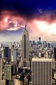 New York City Manhattan sunset skyline with office building skys — Stock Photo