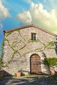 古代典型的房子在托斯卡纳 — 图库照片