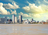 New Orleans Skyline from Mississippi, Louisiana — Stock Photo