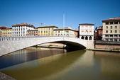 Ponte di mezzo, pisa, italie — Photo
