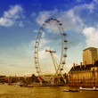 Westminster Bridge and the popular tourist attraction London Eye — Stock Photo