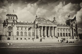 Colorful sky above Berlin and Reichstag — Stock Photo