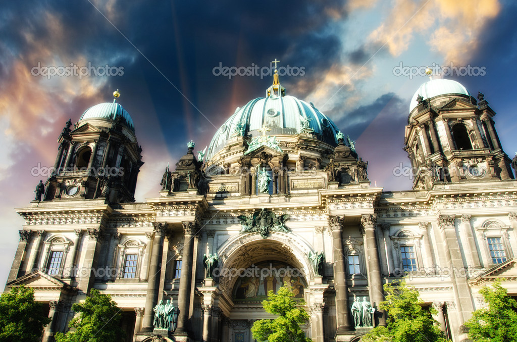Cathedral of Berlin, Berliner Dom, Germany, Museum island — Stock Photo #11611041