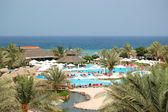 Swimming pool and beach of the luxury hotel, Fujairah, UAE — Stock Photo
