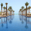 Swimming pool of the luxury hotel, Saadiyat island, Abu Dhabi, U — Stock Photo