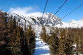 Cableway in Strbske Pleso ski resort, High Tatras, Slovakia — Stock Photo
