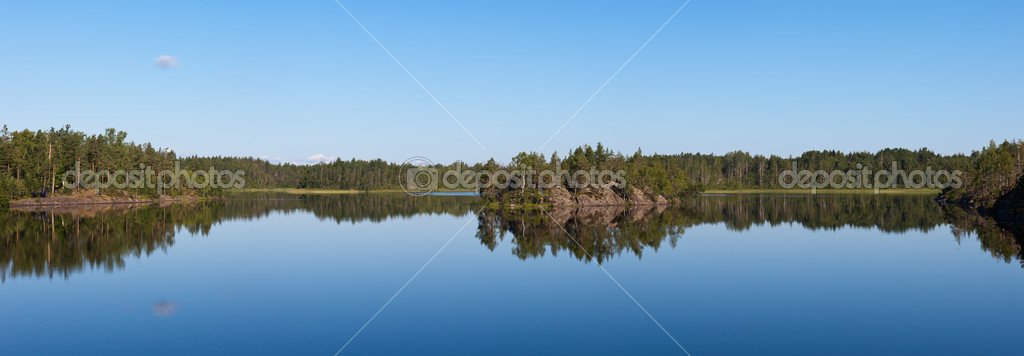 Panorama of the wood lake in the sunny summer day — Stock Photo #11441346