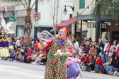 PASADENA, CA-USA - FEBRUARY 18: clown making giant soap bubble at Chinese Lunar New Year Parade on February 18 2007 in Pasadena California — Stock Photo