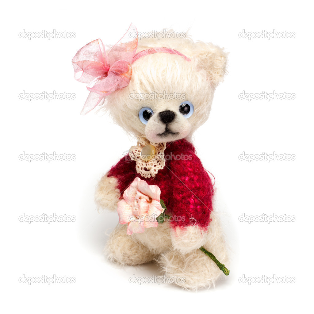 Teddy bear in classic vintage style isolated on white background — Stock Photo #11215224