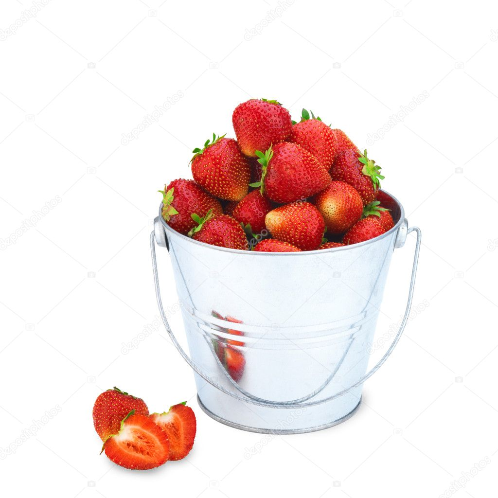 Beautiful strawberries in bucket isolated on white — Stock Photo #11375693