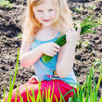 Happy girl outdoor — Stock Photo #11165017