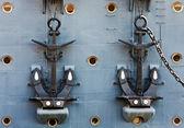 锚点的巡洋舰极光 — 图库照片