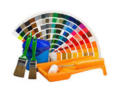 罐的涂料、 油漆刷、 滚筒颜色调色板 — 图库照片