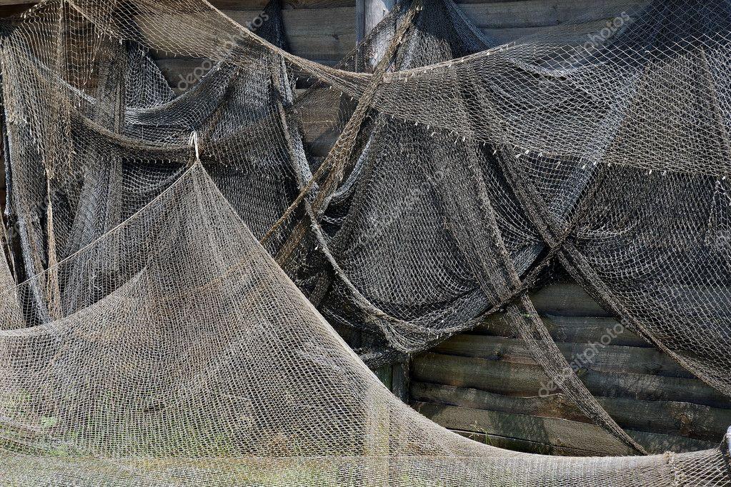 из чего плести материал сеть рыболовная