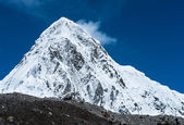 Snowed Pumori summit in Himalaya — Stock Photo