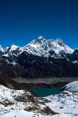 Everest, Nuptse, Lhotse peaks. Gokyo lake and village — Stock Photo