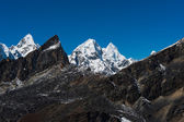 Mountain peaks viewed from Renjo pass in Himalaya — Stock Photo