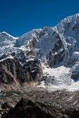Mountain range near Gorak shep in Himalayas — ストック写真