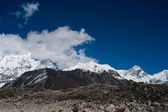 Snowed Mountain range landscape in Himalayas — Stock Photo