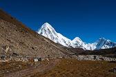 Pumori Peak in Himalaya mountains — Stock Photo