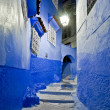 Night on city streets of Chefchaouen, Morocco — Stock Photo