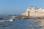 Försvarsmurar av essaouira, Marocko — Stockfoto