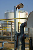 View of storage tanks at a refinery — Stock Photo