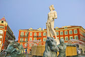 Place Massena in Nice with the Fontaine du Soleil and the Apollo statue — Stock Photo