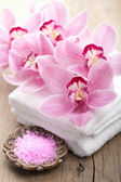 Spa and bath with orchids — Stock Photo