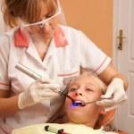 Teenage girl at the dentist. — Stock Photo