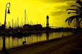 Jachten in harbor.tonned in het geel. — Stockfoto